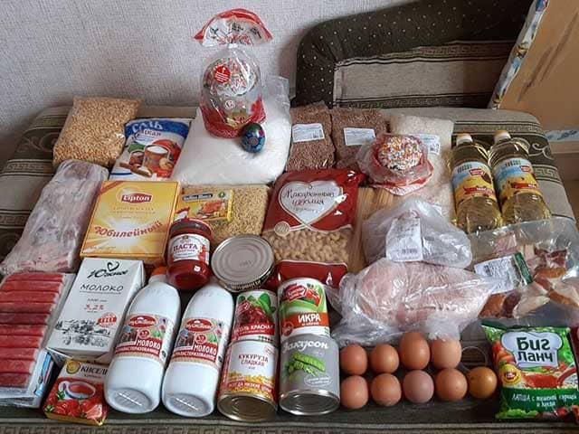 fond-zdorovyy-voronezh-prinimaet-pomoshch-pishchevymi-produktami