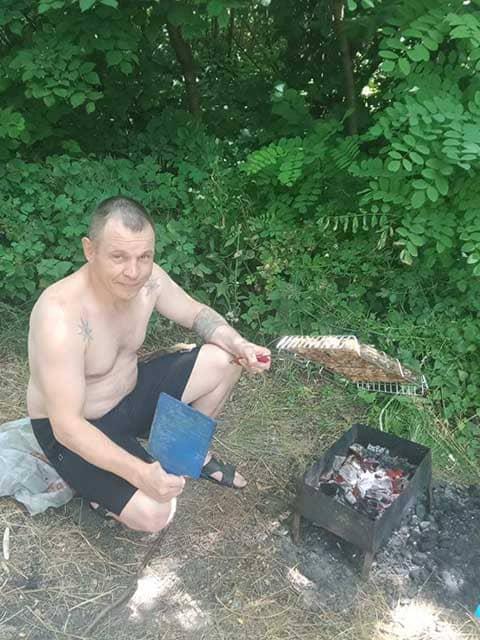 rukovoditel-domov-trudolyubiya-po-kurskoy-oblastizharit-shashlyk