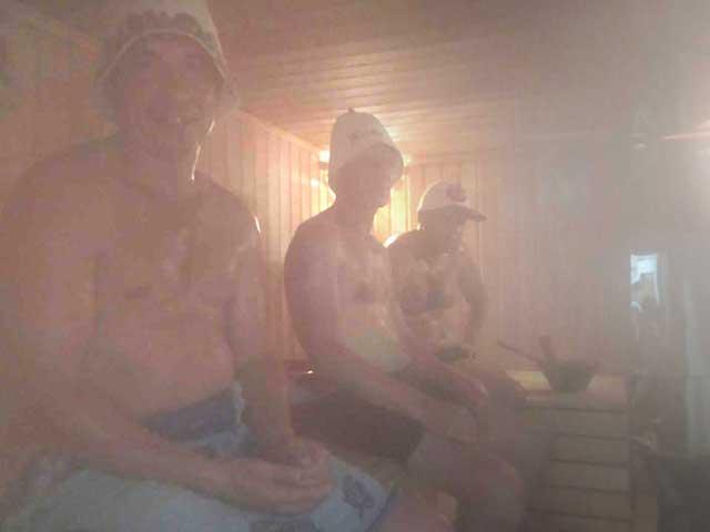 parimsya-v-saune