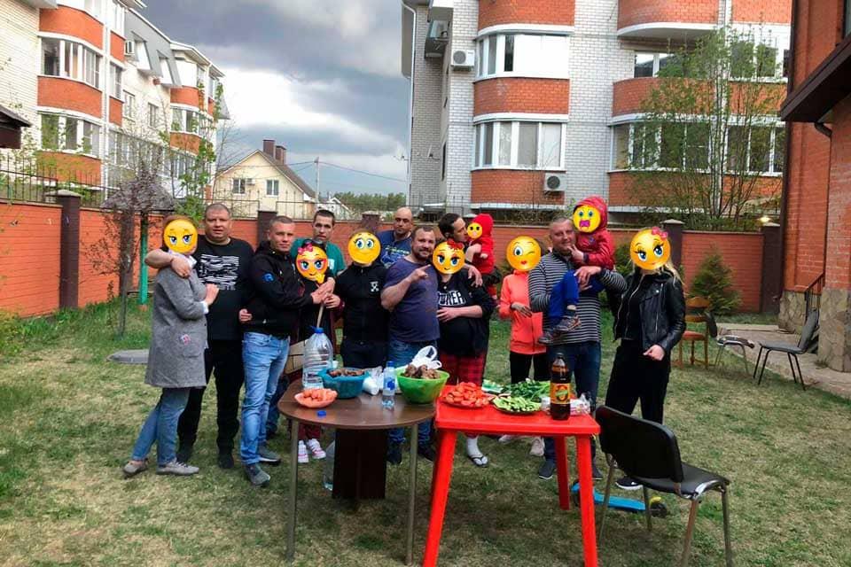 sotrudniki-blagotvoritelnogo-fonda-zdorovyy-voronezh-gorod-zhizni
